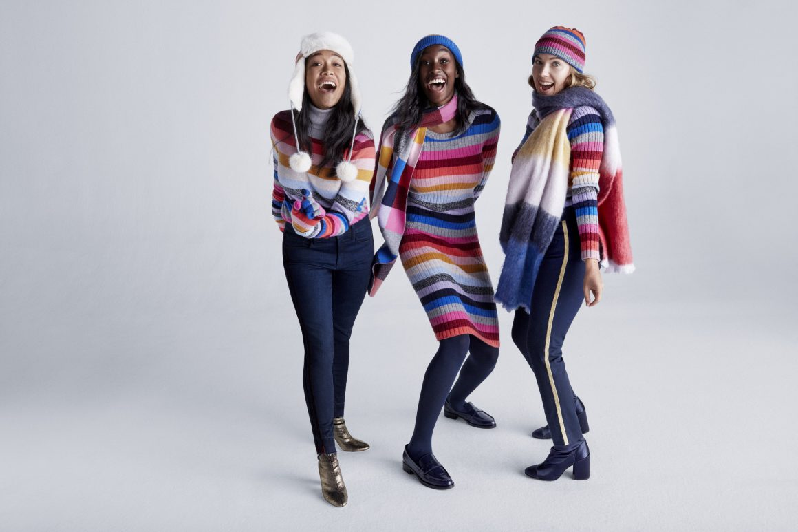 30-50% OFF EVERYTHING AT GAP