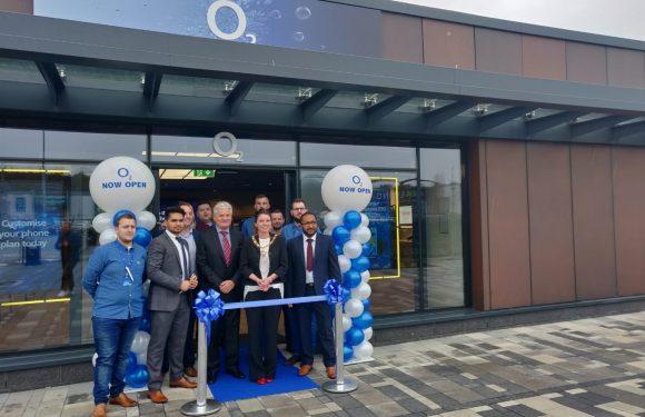 O2 arrives at Retail World