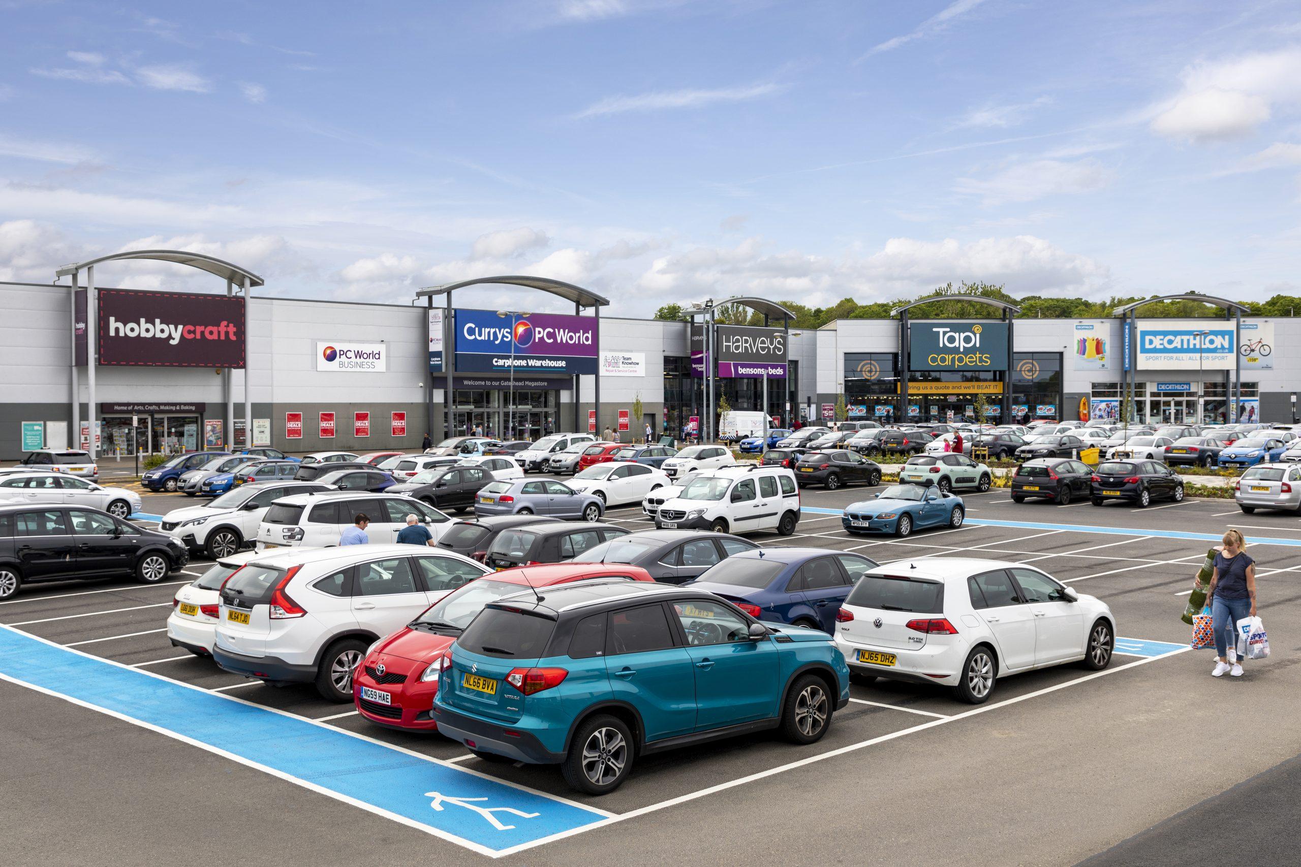 8928_8339_Retail World, Gateshead